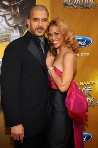 8. 41st-naacp-image-awards-red-carpet3